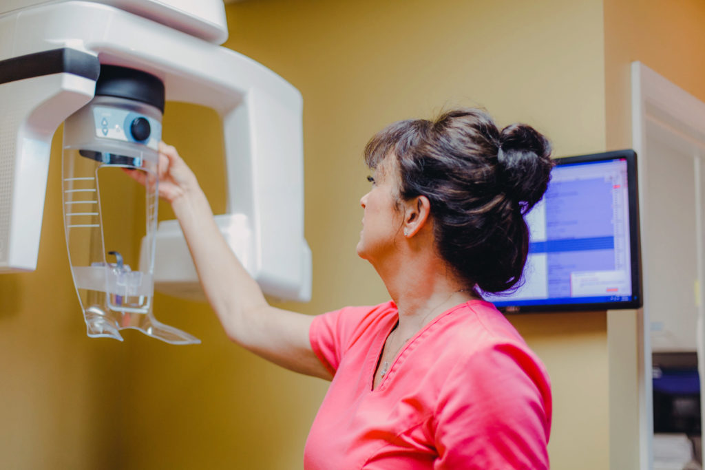X-ray scanner with Dr. Sonja Maggard